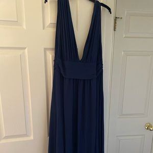 Lulu's Plunging Vneck Chiffon Gown in Navy